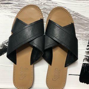 NWOT Franco Sarto Quentin leather slides